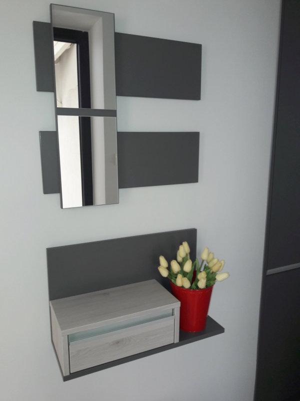 egyedi előszoba bútor